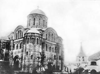 Васильевский храм в г. Овруче. Дореволюционная открытка