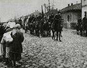 Партизани вступають у визволений Овруч