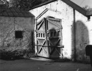 Ворота жіночого монастиря в Овручі, фото 1988 р.