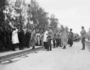 Беседа Государя Императора Николая II с депутацией встречающих во время проезда в Овруч
